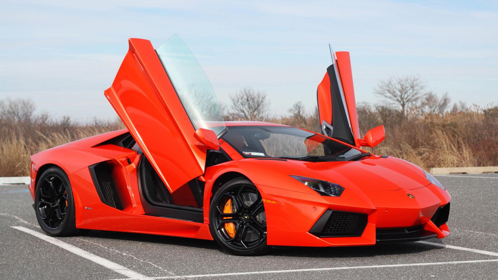 Lamborghini Aventador – Italian car