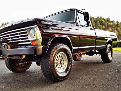 Ford F250 Trucks 4×4 – 1969