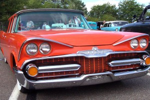 Dodge silver Challenger